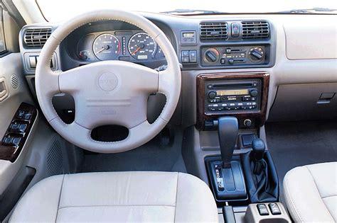 small engine service manuals 2001 isuzu trooper interior lighting 1998 04 isuzu rodeo consumer guide auto