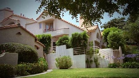 nicole brown simpson house haunted nicole brown simpson condos and los angeles on pinterest