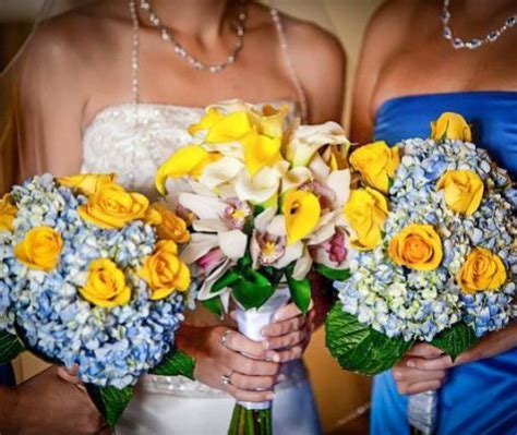 Shar's Flowers   Beach Brides