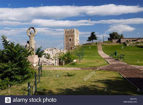 skopje jugoslawien skopje castle stockfotos skopje castle bilder alamy