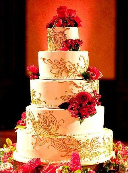 design love fest flower cake 5 tier white and gold wedding cake with red flower