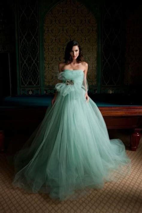 wedding album design tip of the week blue wedding chic special design wedding gown 798842
