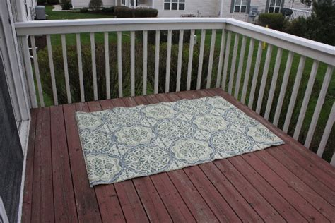 outdoor rugs for steps 6 steps to creating an outdoor oasis for a small patio ohmyapartment apartmentratings