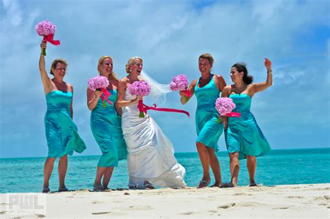 beach her colors were pink lots of pink with her love of the beach pink and turquoise wedding theme ideas weddingdash com