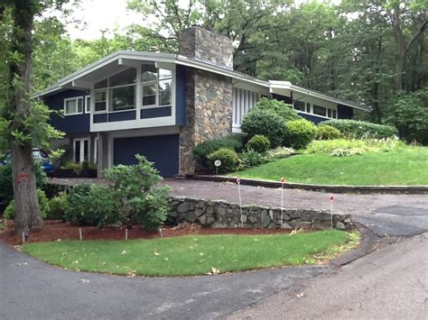 mid century house metropolis res 187 mid century modern in the n e