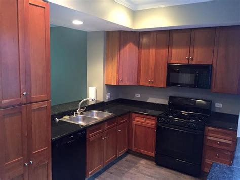 kitchen cabinet chicago kitchen cabinets refinishing in chicago lincolnwood
