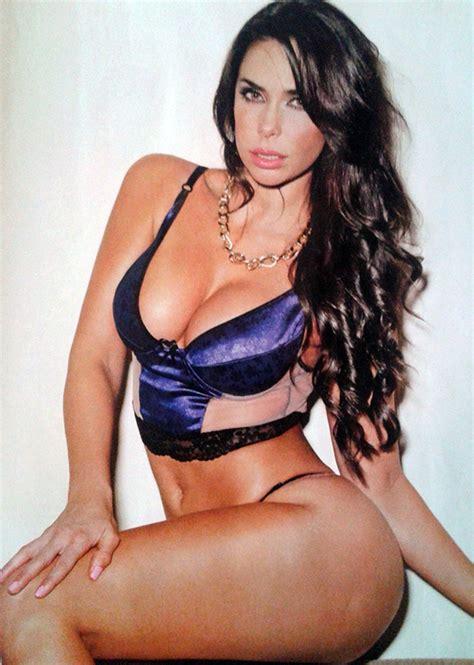 Imagenes Navideñas Hot | las fotos hot de sabrina ravelli que calentaron las redes