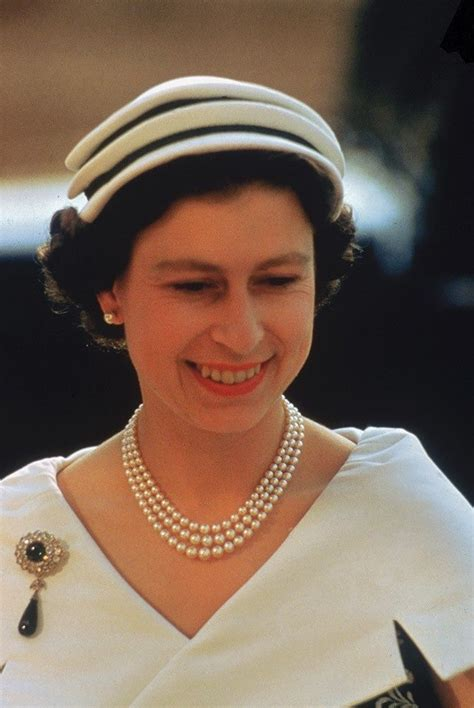 elizabeth ii 1000 images about queen of hats on pinterest princess