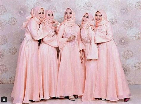 Gamis Pesta Satin Variasi Brokat 21 model gaun pesta mewah elegan modern 2018 fashion