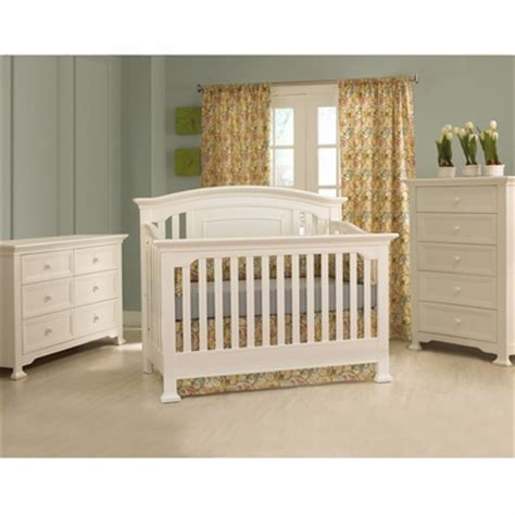 Munire White Crib by Munire 3 Nursery Set Nursery Set Medford