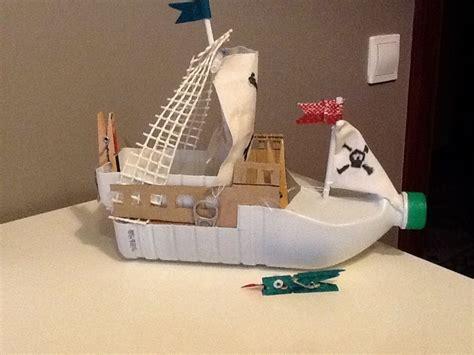 cosas de mam 225 s y peques barco pirata con material - Imagenes De Barcos De Material Reciclado