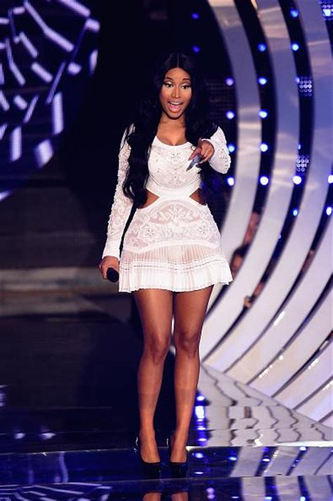 Nicki Minaj Mtv Cribs by Missinfo Tv 187 Nicki Minaj Debuts Bed Of Lies With Skylar