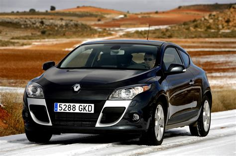 Renault Megane 3 Coupe Renault Megane Iii Coupe Photos News Reviews Specs
