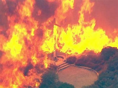 San Bernardino Fireplace by Los Angeles Area Wildfire Spreads To 18 000 Acres 82 000