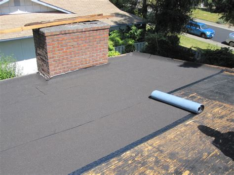 flat roof taking advantage of contemporary flat roofing resources