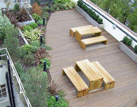 folie für balkon terrasse abdichten folie bilder systembodenbelag