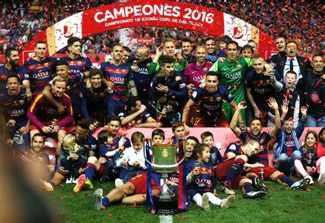 imagenes locas del barcelona barcelona sevilla la final de la copa del rey en im 225 genes