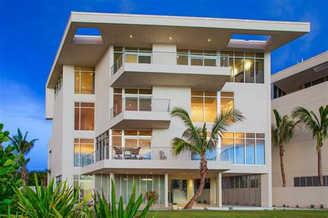 modern marvel gulf front vacation house rental  bedroom