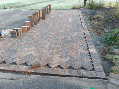 brick patio patterns herringbone 187 design and ideas