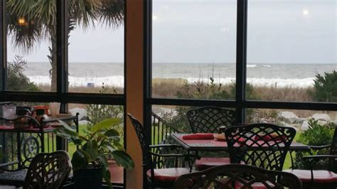 sea captains house 13 restaurants with the best views in south carolina