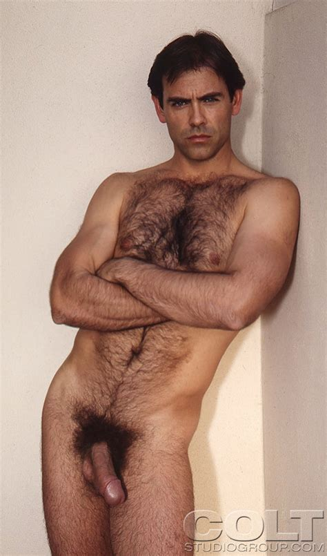 Hairy Hunk Monte Crown