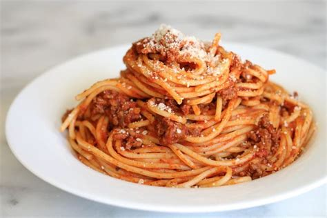 how to make spaghetti in a couple easy steps 5 steps with pictures