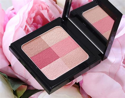 Brown Brightening Brick Pastel warm up your skin and add color to your cheeks with the new brown brightening bricks
