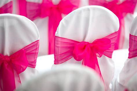 housse de chaise de mariage housses de chaises mariage 233 l 233 ments indispensables pour la d 233 co de salle de mariage