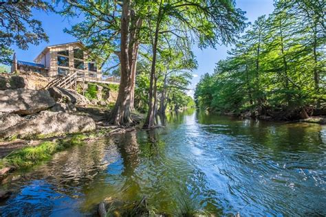 River Bluff Cabins On The Frio river bluff cabins updated 2017 reviews photos price
