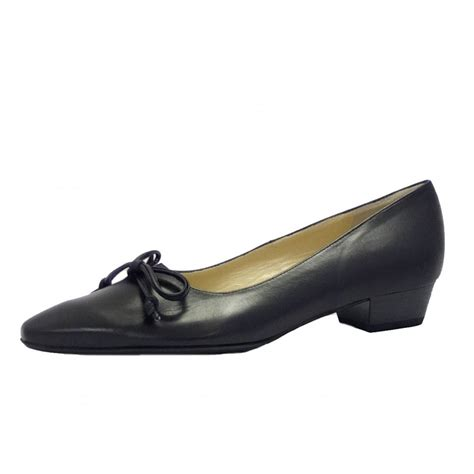 kaiser lizzy smart black leather low heel shoes