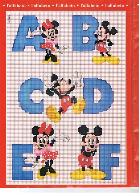 punto croce lettere disney schemi di lettere con personaggi disney