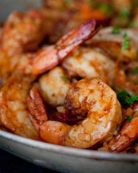shrimp cookbook for beginners 25 shrimp recipes to smothered shrimp and andouille ground grits