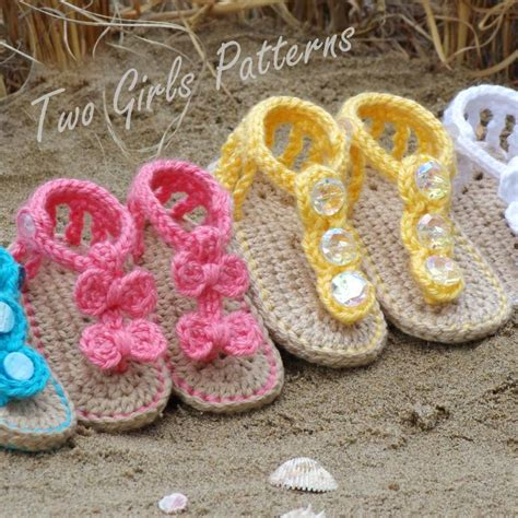 how to crochet baby sandals baby seaside sandals both versions by twogirlspattern