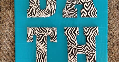 safari badezimmerideen the sign i made for our bathroom canvas wood letters