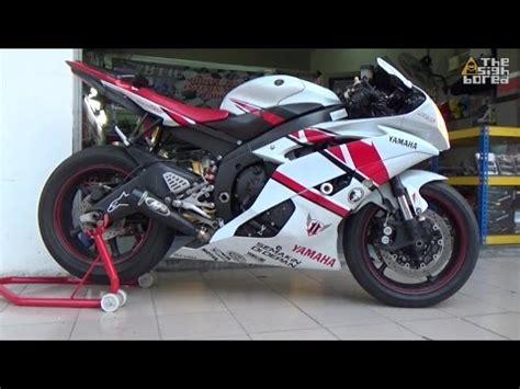 Knalpot Racing Honda Sonic Sc Project Crt Gp Rainbow Racing Custom toce vs two brothers exhaust on 2007 r6 no cat doovi
