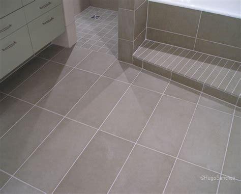Délicieux Plancher Salle De Bain #5: seamless-bathroom-shower-floor-1024x825.jpg