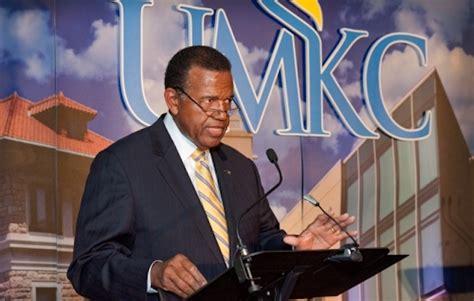Umkc Mba Acceptance Rate fired missouri kc prof claims retaliation
