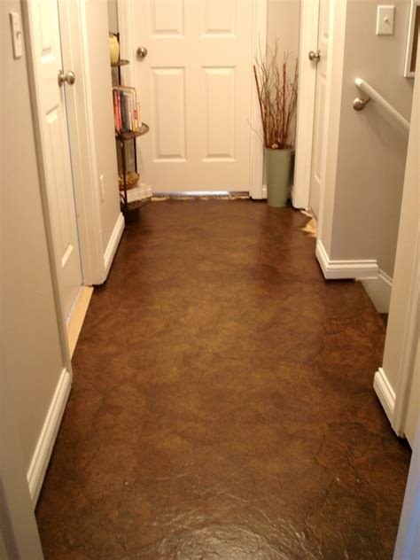 faux leather flooring out of crumpled paper bags d i y