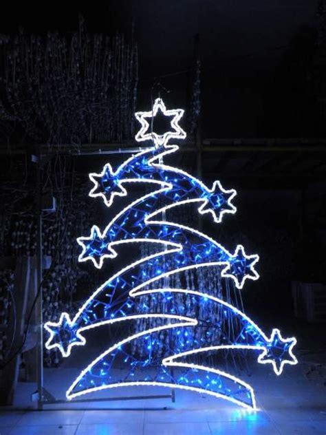 banca marche foligno luminarie natalizie marche umbria led comuni a monte