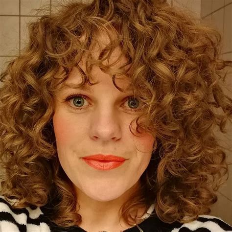 salt and pepper curly hairstyles 96 best curly girl salt and pepper images on pinterest