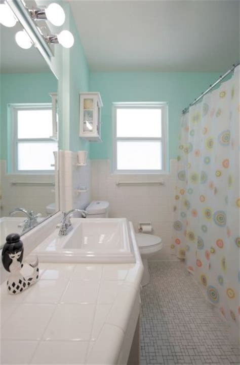 Mermaid Bathrooms by 40 Pieces Of Mermaid Decor That Will You And Your
