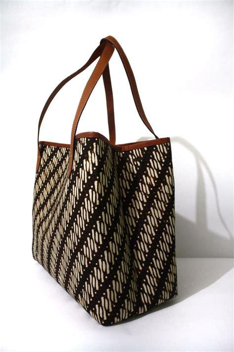 Pouch Batik Kembang utari parang batik bag djokdjabatik indonesia bags
