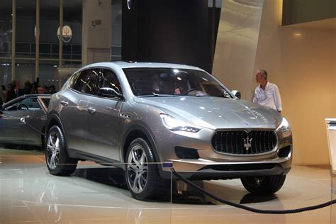 maserati suv 2014 maserati levante to debut at 2016 detroit auto show report