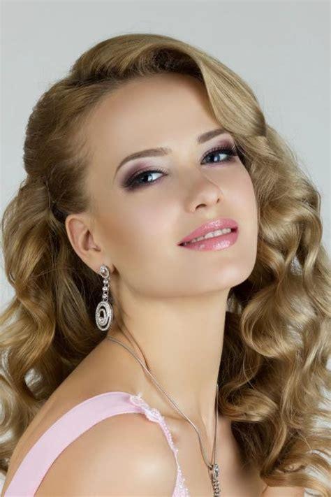 peinados para fiestas elegantes de noche peinados elegantes para fiestas de noche para jovenes