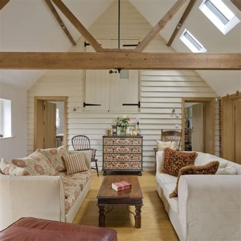 cream walls and exposed beams housetohome co uk original features housetohome co uk