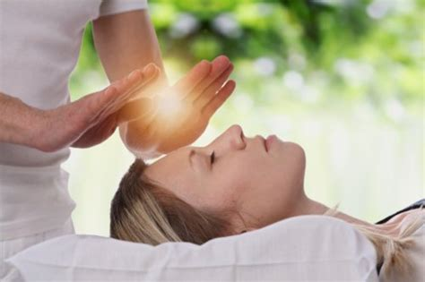 reiki  history health benefits