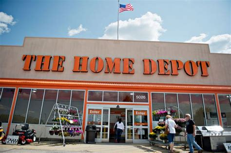 home depot to send 20 000 part timers to obamacare