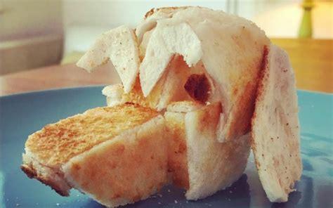 Gambar Dan Panggangan Roti kreatif karya menarik yang dibuat dari roti bakar 11