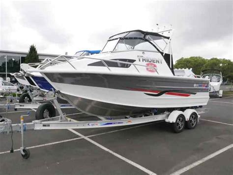 boats quintrex boat listing quintrex 610 trident