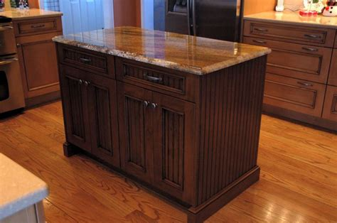 cherry cabinets with quartz countertops pin by rachel lucas on dream home 2013 pinterest